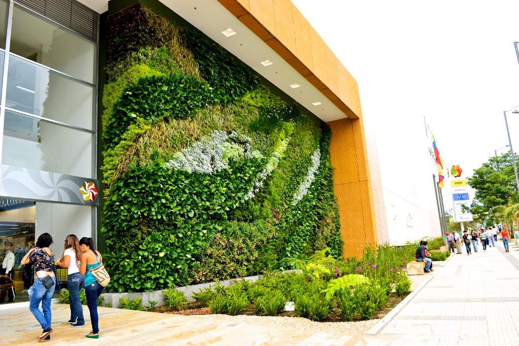 La arquitectura verde y sus beneficios ciudaris for Verde vertical jardines verticales