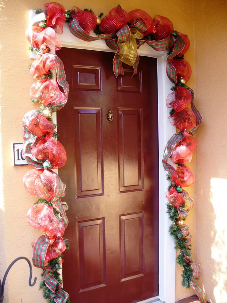decoracion departamento puertas navidad