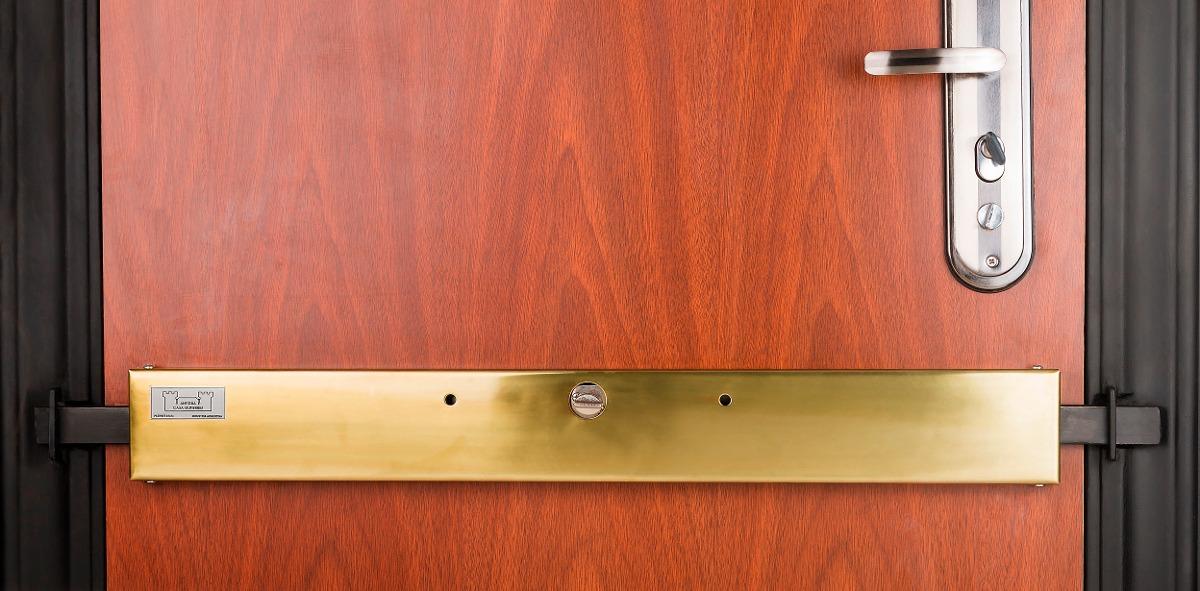 Departamento en chiclayo 7 tips para escoger tu puerta de - Cerradura seguridad puerta ...