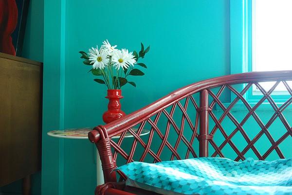 Decoraci n de departamentos adoptar los looks de las - Colores azules para paredes ...