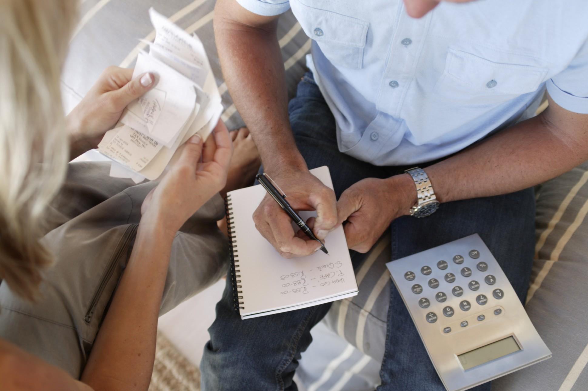 5 movimientos financieros que las parejas felices hacen 3