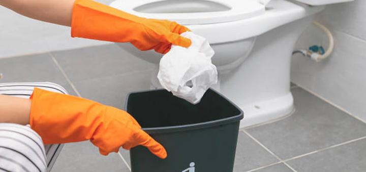 baño basura